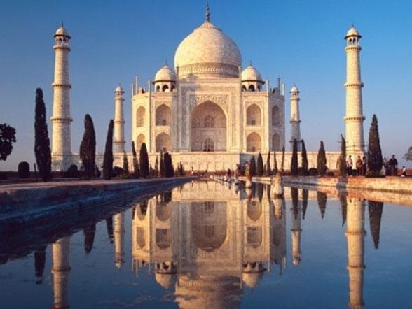 Oplev fantastiske Taj Mahal på rejser til Indien