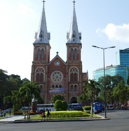 Se alle seværdigheder i Ho Chi Minh City på denne Indokina tur